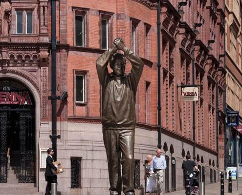 Brian Clough Statue - Les Johnson, Sculptor